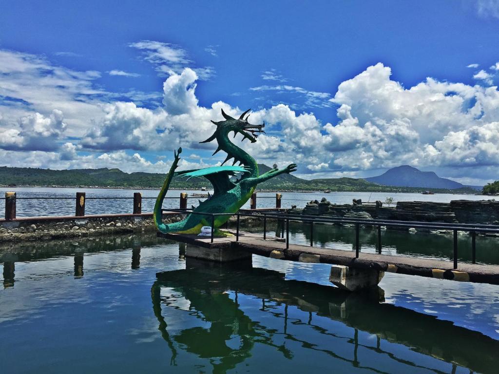 Calinisan Beach Resort