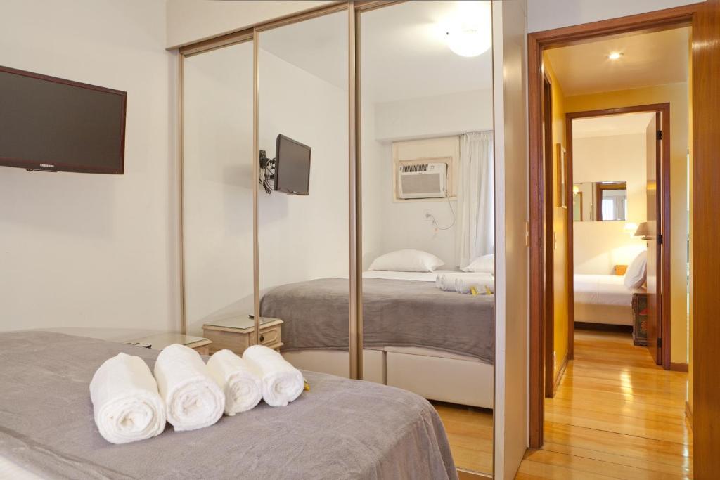 2 Bedrooms Ocean View Ipanema