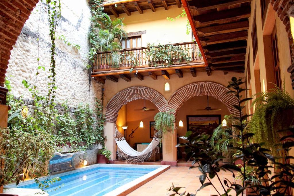 A piscina localizada em Casa India Catalina ou nos arredores