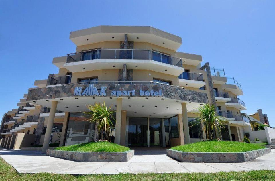 Apart hotel mallak argentina san bernardo for Appart hotel booking