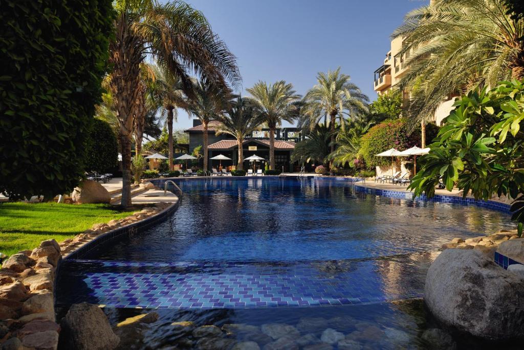 A piscina localizada em Mövenpick Resort & Residences Aqaba ou nos arredores