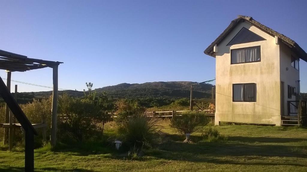 Casa o chalet valle mistico uruguay piri polis for Hotel villas valle mistico