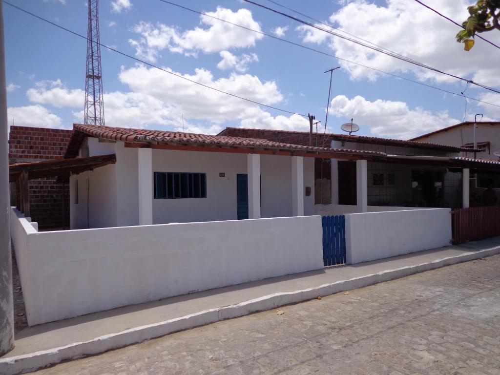 Casa de temporada casa mobiliada galinhos brasil galinhos for Booking casas