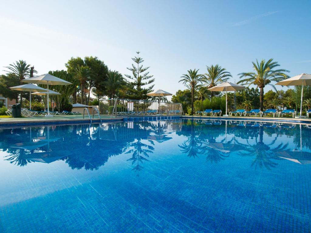 Club Bellevue Apartments, Port d'Alcudia, Spain - Booking.com