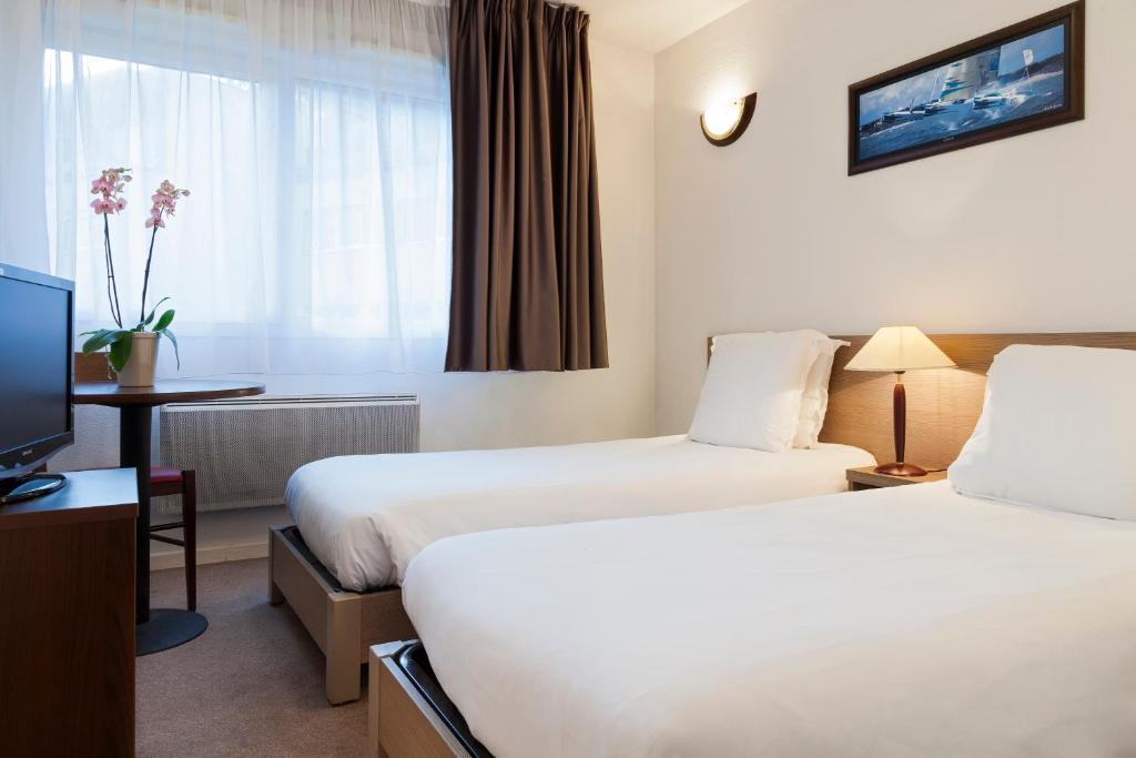 appart hotel annecy seynod france. Black Bedroom Furniture Sets. Home Design Ideas