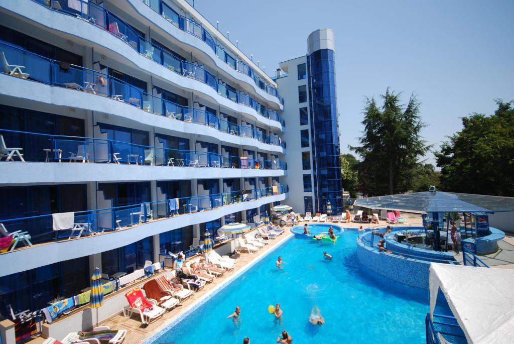 Brzeg Hotel Booking