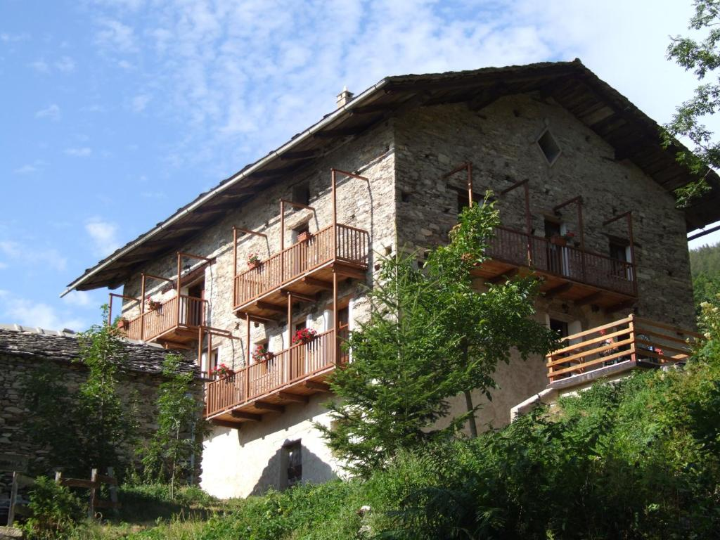 Casa vacanze la freidio it lia stroppo for Casa vacanze milano