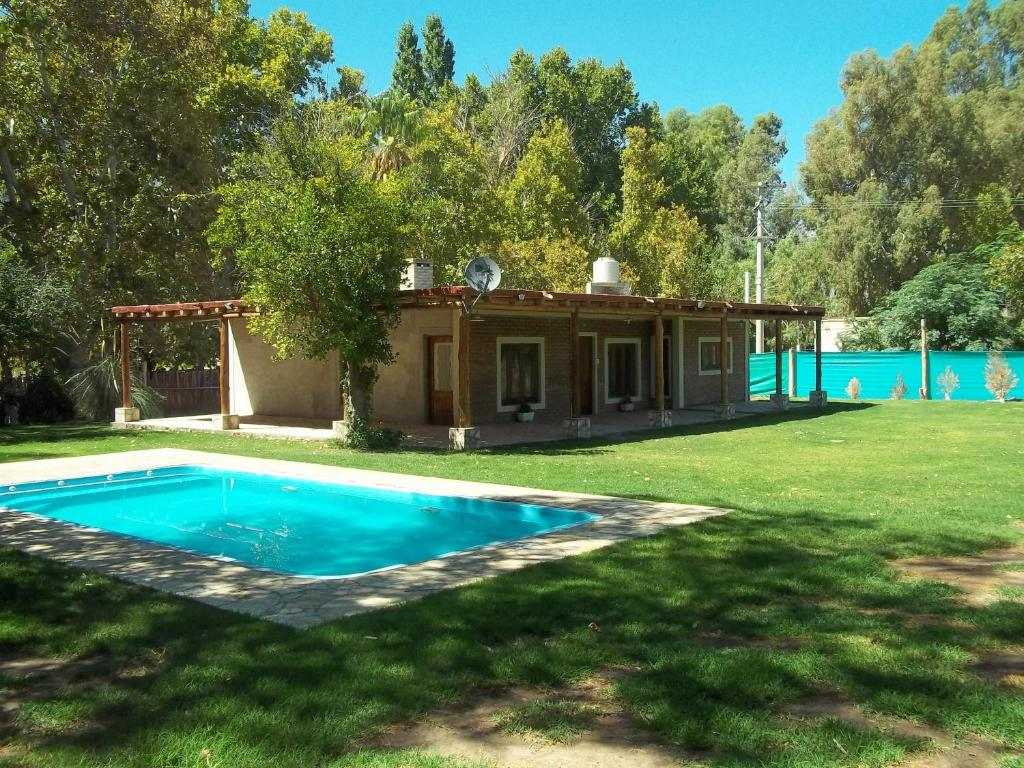 El destino casa de campo argentina zonda for Booking casas