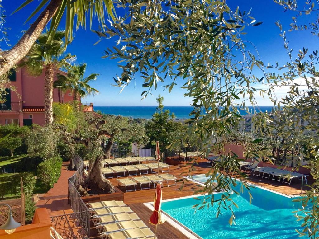 villa giada resort imperia italy