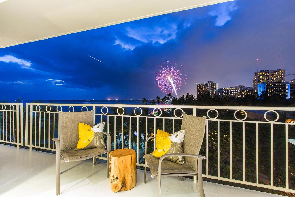 apartment castle waikiki shore luxury honolulu hi