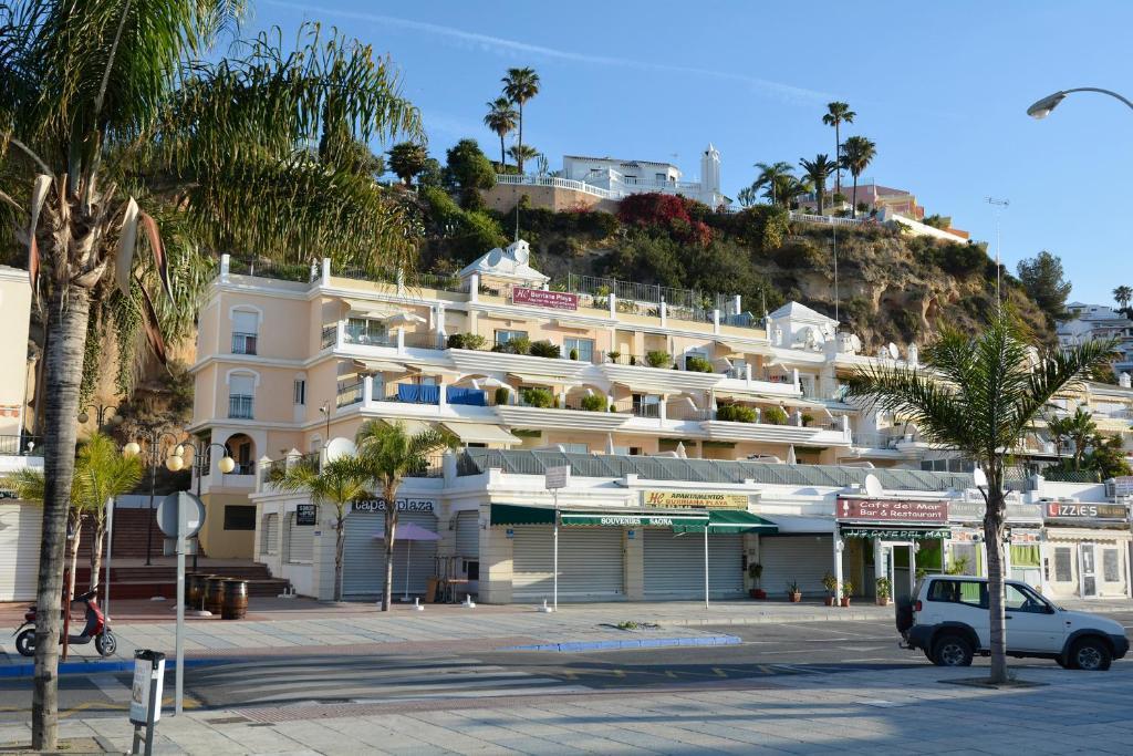 Apartments Burriana Playa, Nerja, Spain - Booking.com