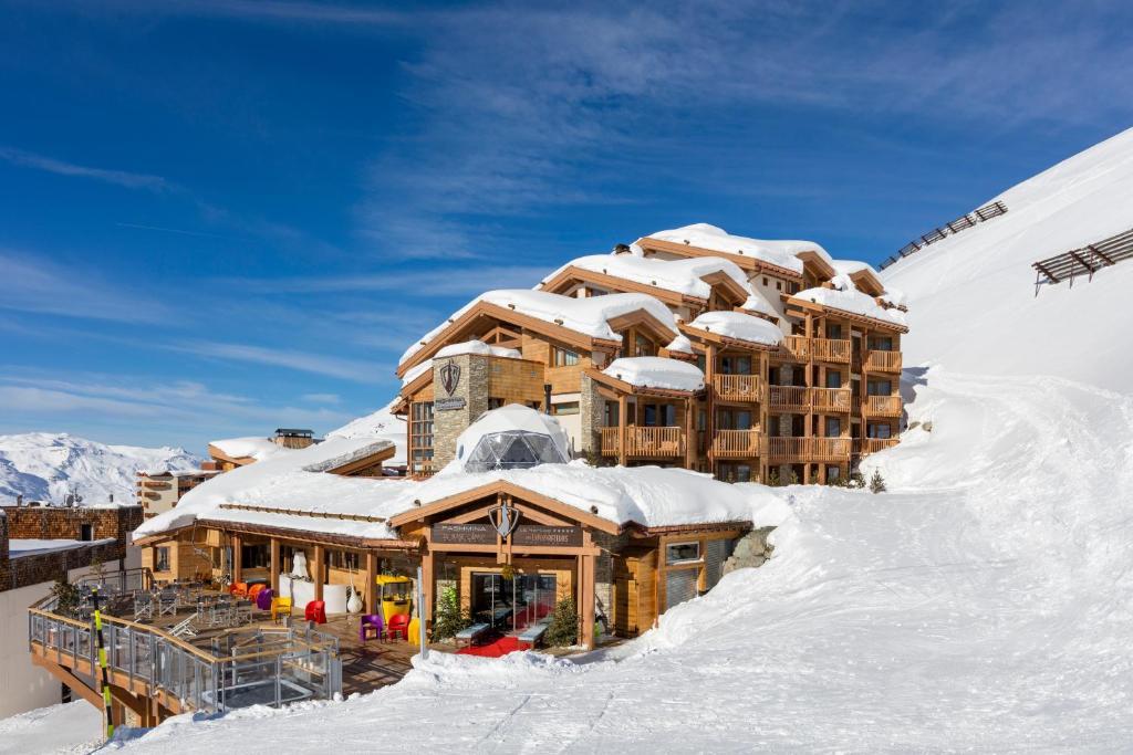 Hotel Pashmina Le Refuge trong mùa đông