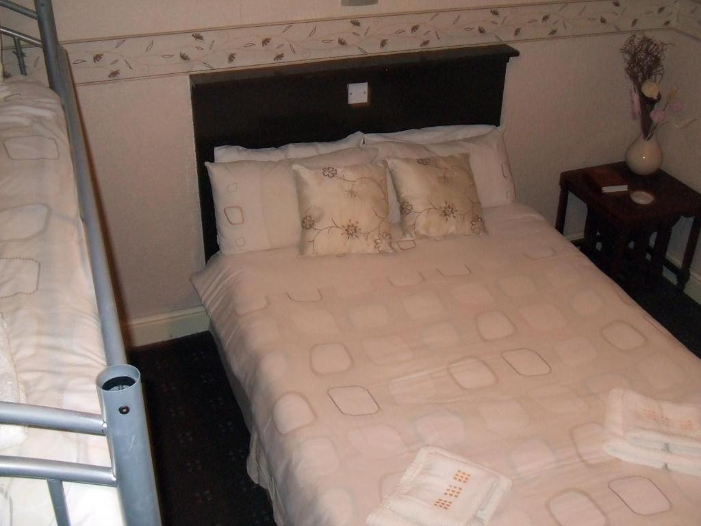 Wheatlands Lodge - Luxury 5 Star Boutique Bed and Breakfast Overnatting -Official Side