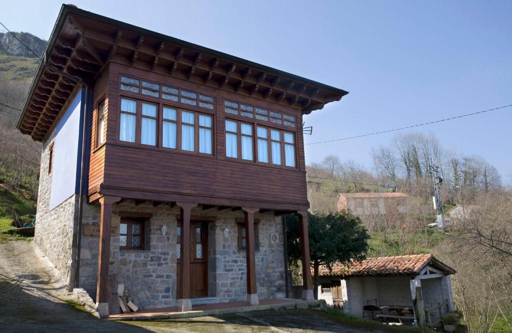 Casa de campo Casa L´Ablanu (España La Canal) - Booking.com