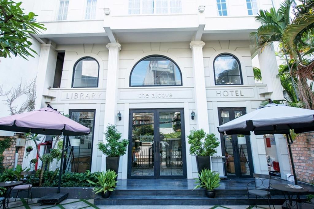 Khách sạn The Alcove Library