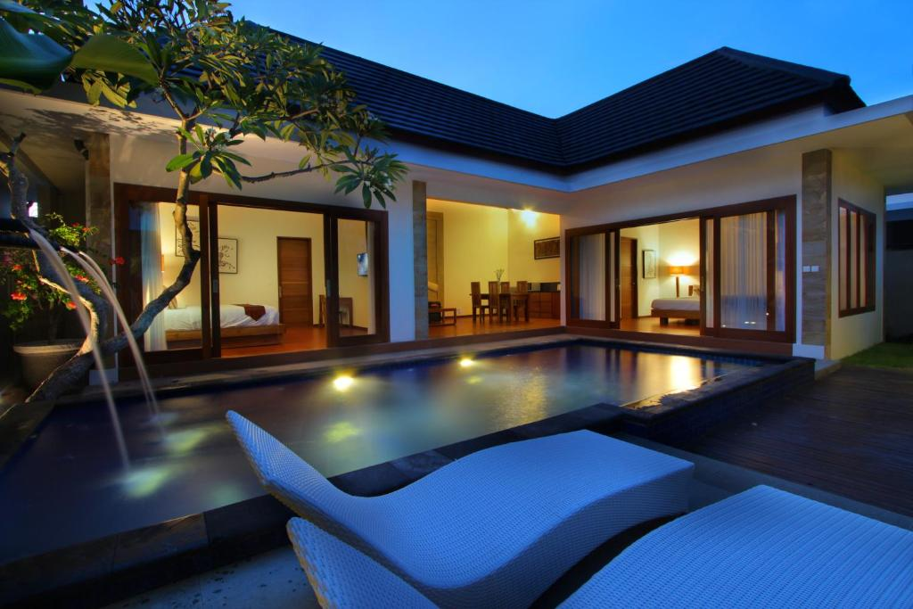 Top deals bali nyuh gading villas seminyak indonesia for Bali indonesia hotel booking