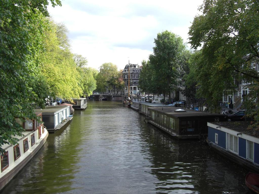 Apartment Canal Rooms Amsterdam Netherlands