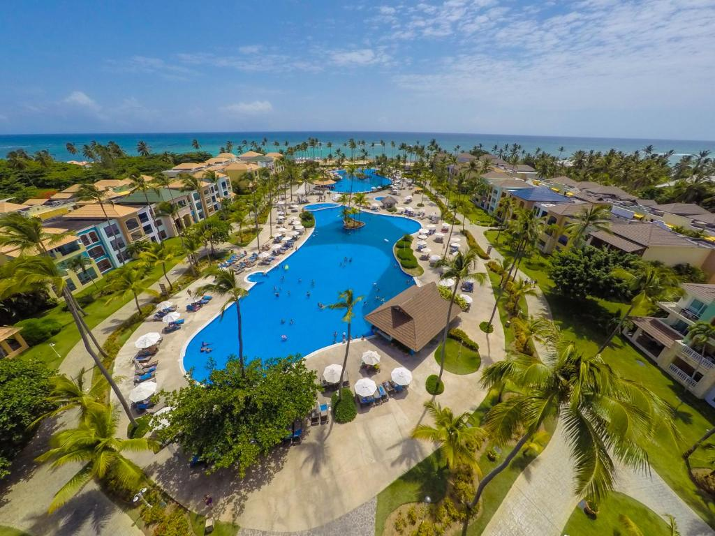 Uma vista aérea de Ocean Blue & Sand Beach Resort - All Inclusive