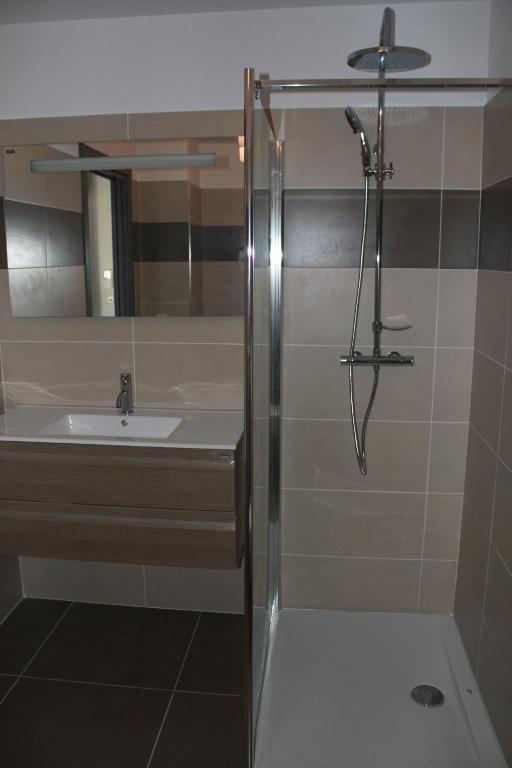 Appartement centre ville fran a propriano for Appart hotel centre de porto portugal