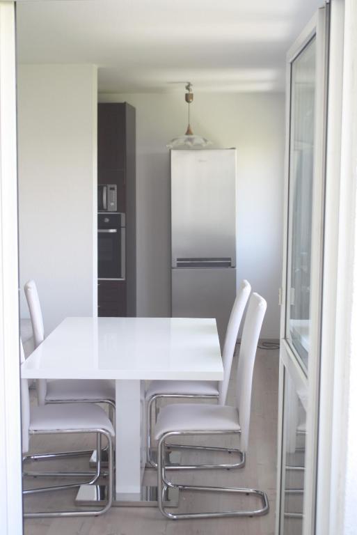 apartamento wohnen auf zeit 2 alemanha mannheim. Black Bedroom Furniture Sets. Home Design Ideas