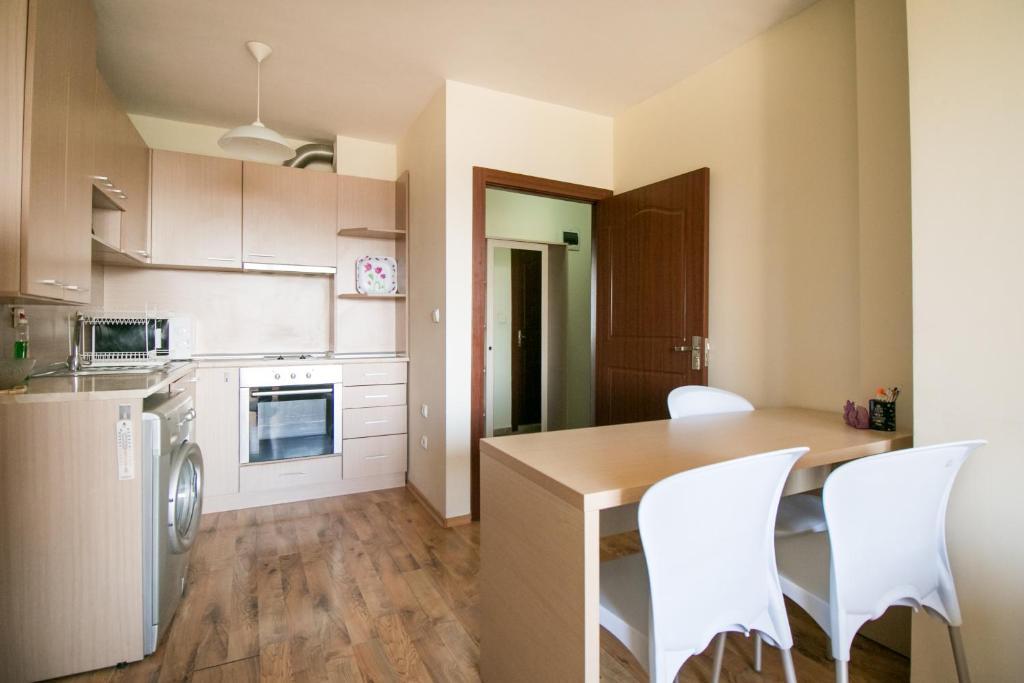 Купить квартиру большую в центре варны не дорого