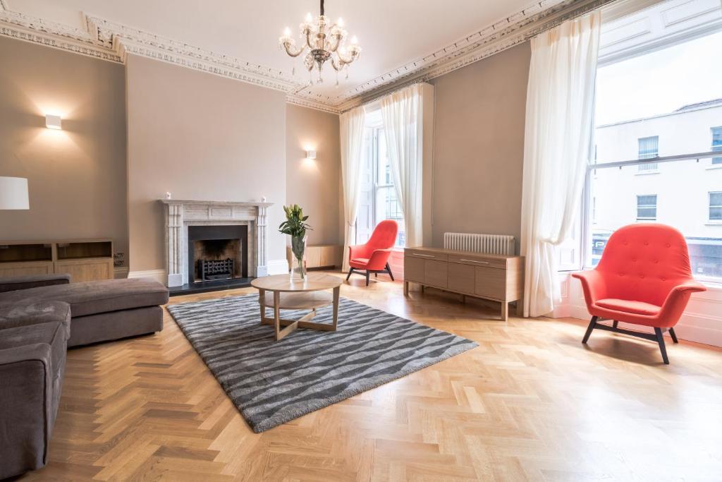 Baggot street apartment dublin ireland for Appart hotel dublin