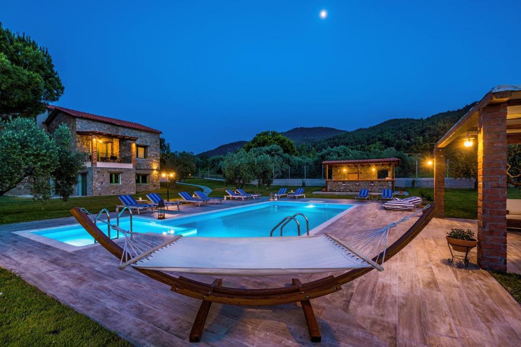 mediterraneo luxury suites halkidiki hotel in vourvourou