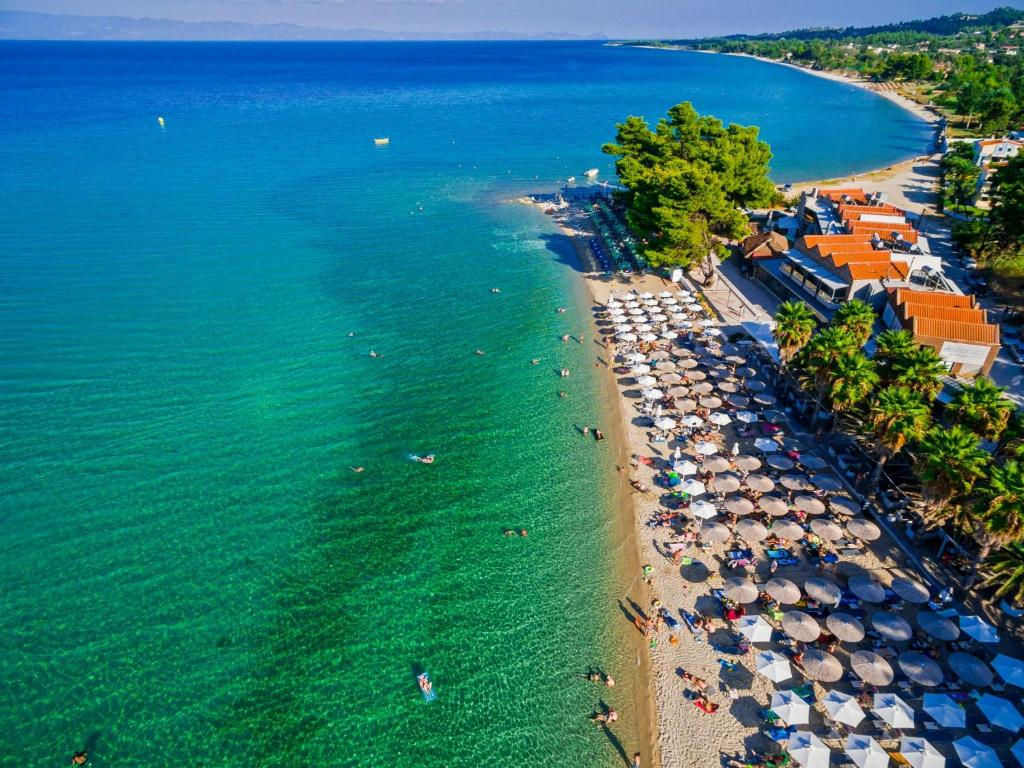 Flegra beach apartments griechenland pefkohori for Design boutique hotels chalkidiki