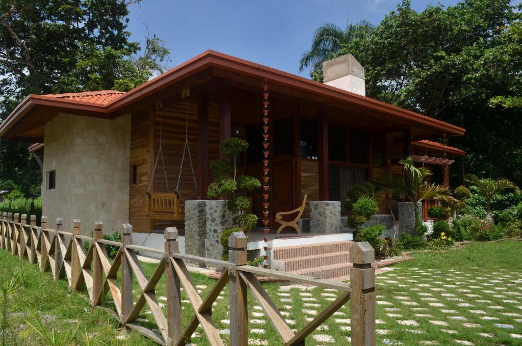 Carribean luxury villa jarabacoa dominican republic for Villas en jarabacoa