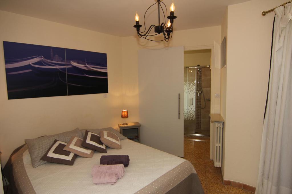 Chambre d Hote booking chambre d hotes : Chambre du0026#39;Hu00f4tes La Tourrette