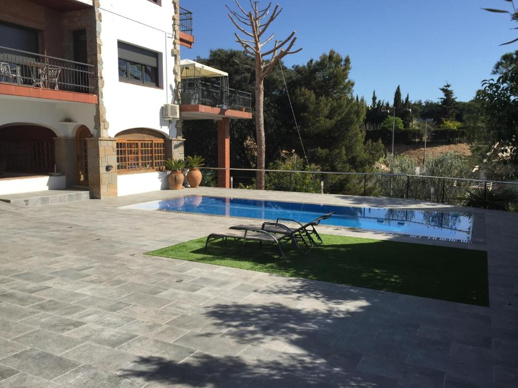 Villa Burriach (España Cabrils) - Booking.com