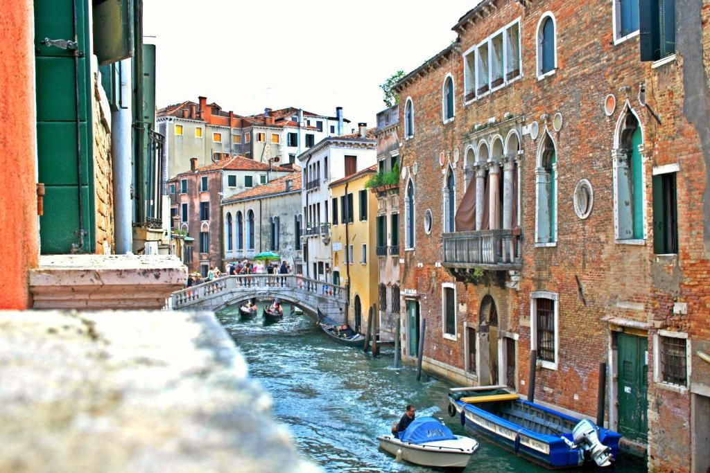 Cool Apartments Venice, Italy - Booking.com
