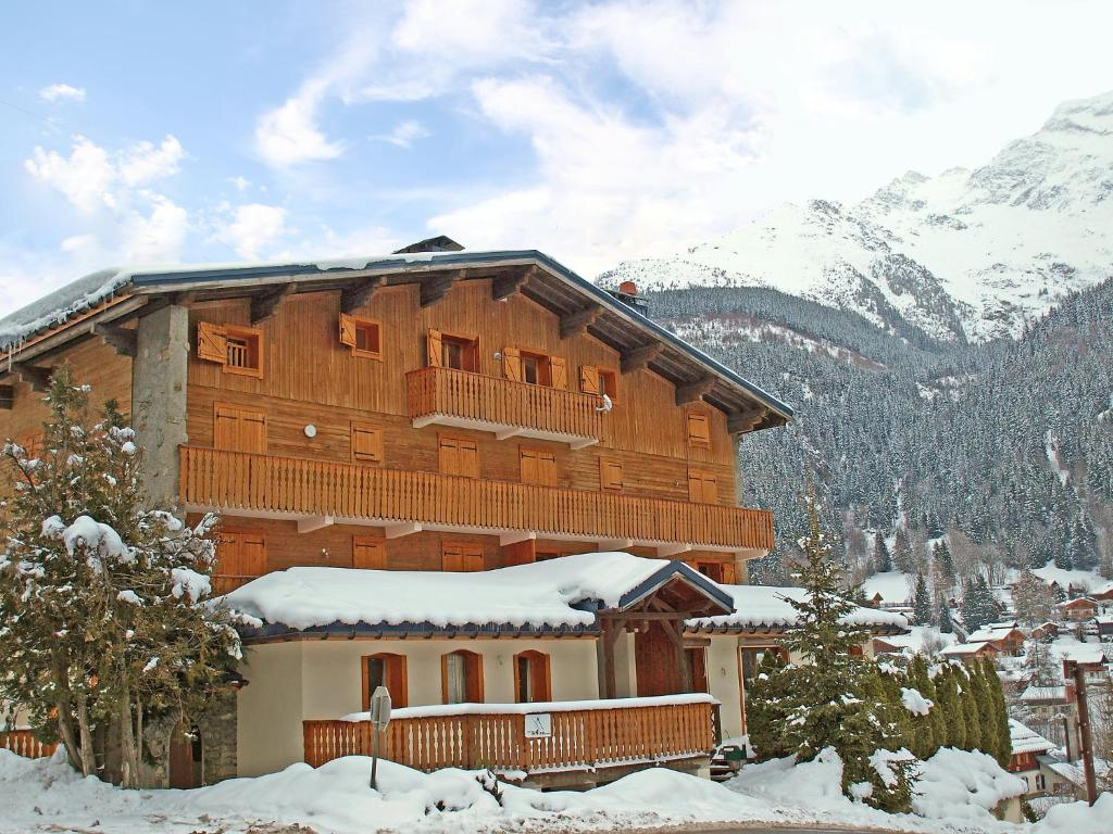 Appartement apt contamines montjoie les for Booking appartement