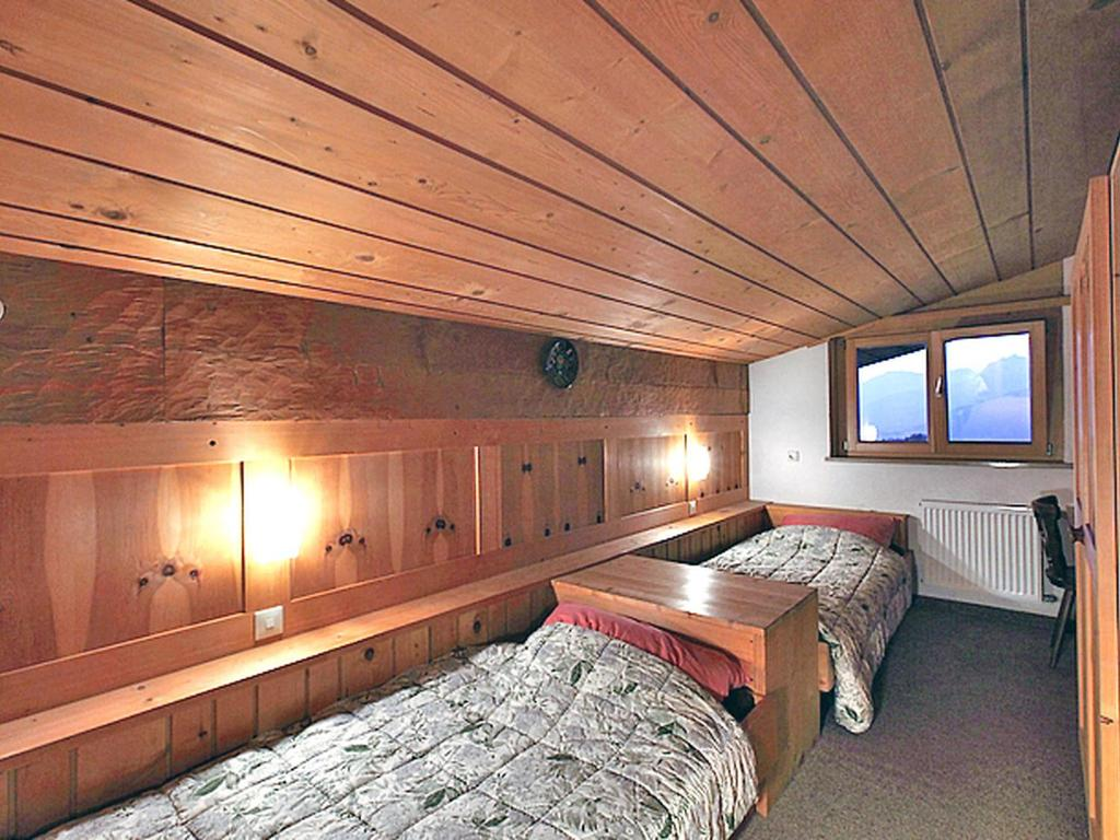 Ferienwohnung Dachgeschoss Tschagguns, mit Bewertungen – Booking.com