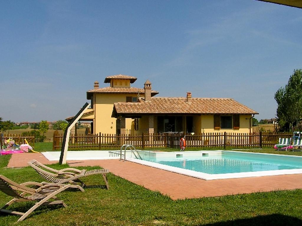 Apartment castiglione del lago 3 italia sanfatucchio for Hotel numero