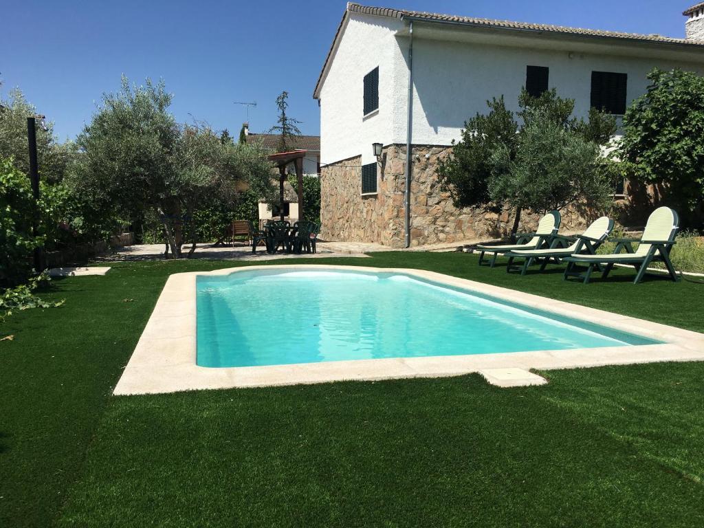Casa de temporada Pelayos Rural (Espanha Pelayos de la Presa ...
