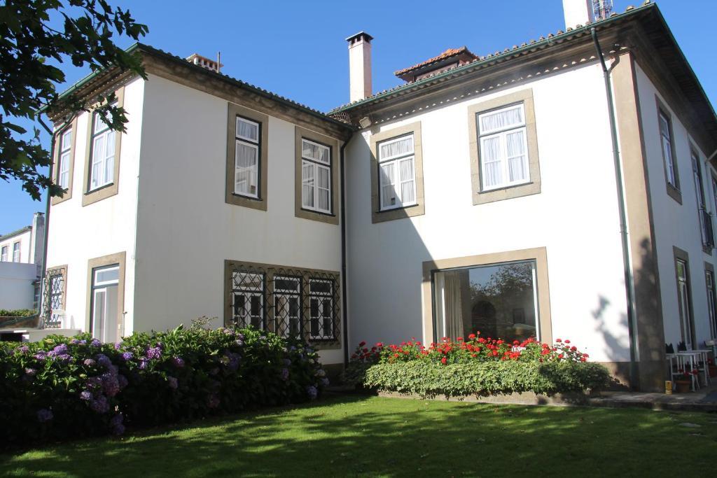 Casa o chalet charming beach house oporto oporto portugal - Booking oporto apartamentos ...
