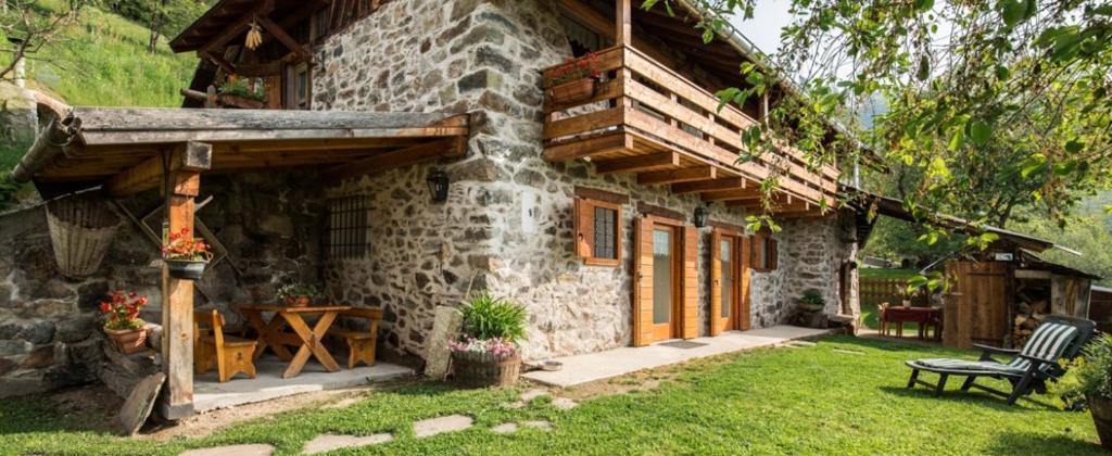 Casa vacanze baita del beniamino italia roncegno for Le piu belle baite in montagna