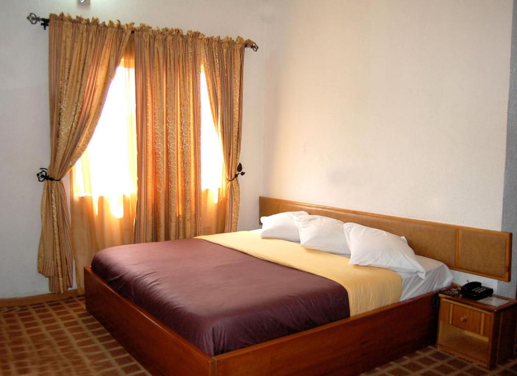 New Golden Hotel