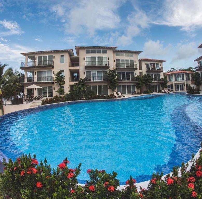 aparthotel playa escondida beach club honduras tela