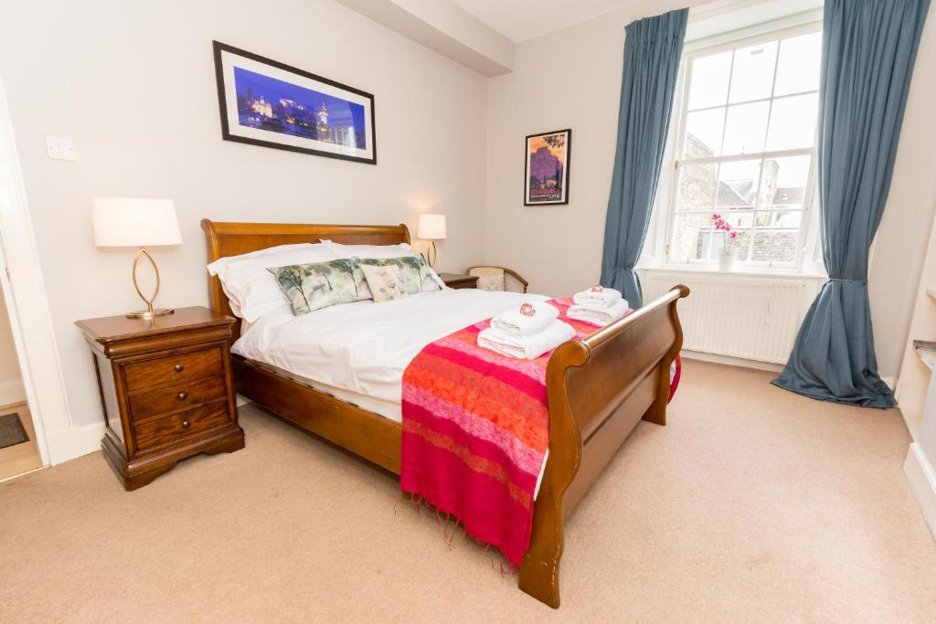 77022181 - Luxery New Town 1 Bed Apartment
