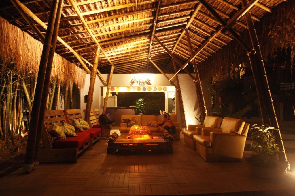 Um restaurante ou outro lugar para comer em Hostel Casa Do Mundo