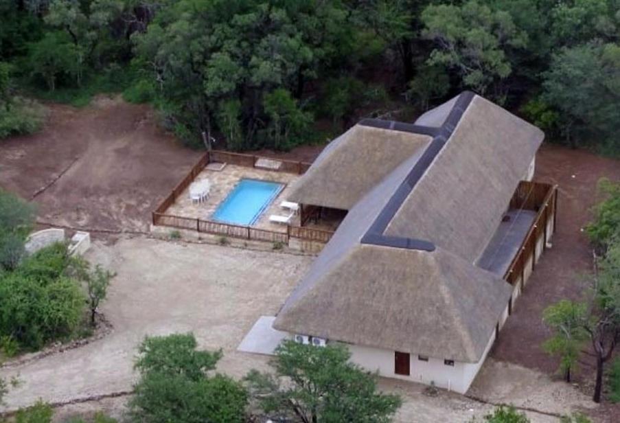 <div data-et-view=NAFQCDCcdXDPdFO:1</div House 39 Blyde Wildlife Estate