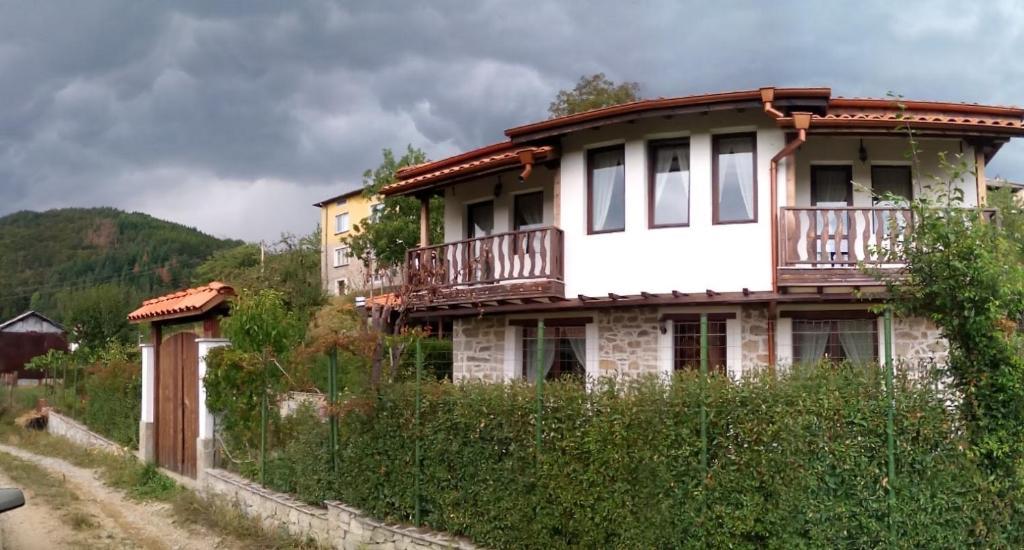 Къща за гости Елица