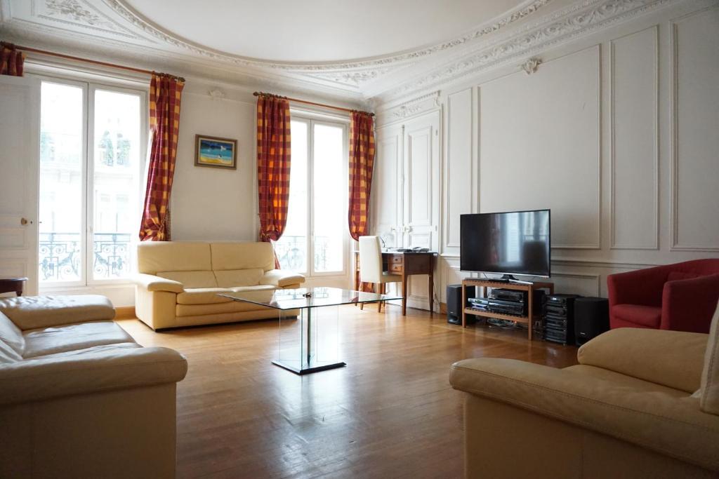 appartement 516009 avenue d 39 i na paris 16 france paris. Black Bedroom Furniture Sets. Home Design Ideas