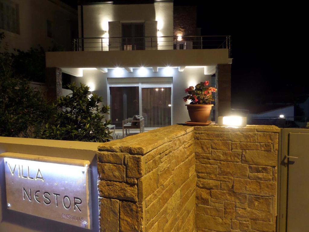 <div data-et-view=NAFQCDCcdXDPdFO:1</div Villa Nestor