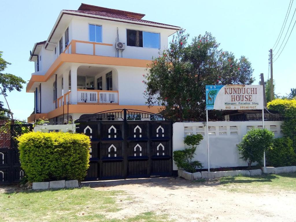 Kunduchi House Mtongani Paradise Stay