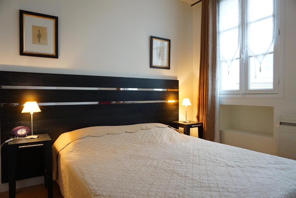 apartment 208074 rue euler paris 8 paris france. Black Bedroom Furniture Sets. Home Design Ideas