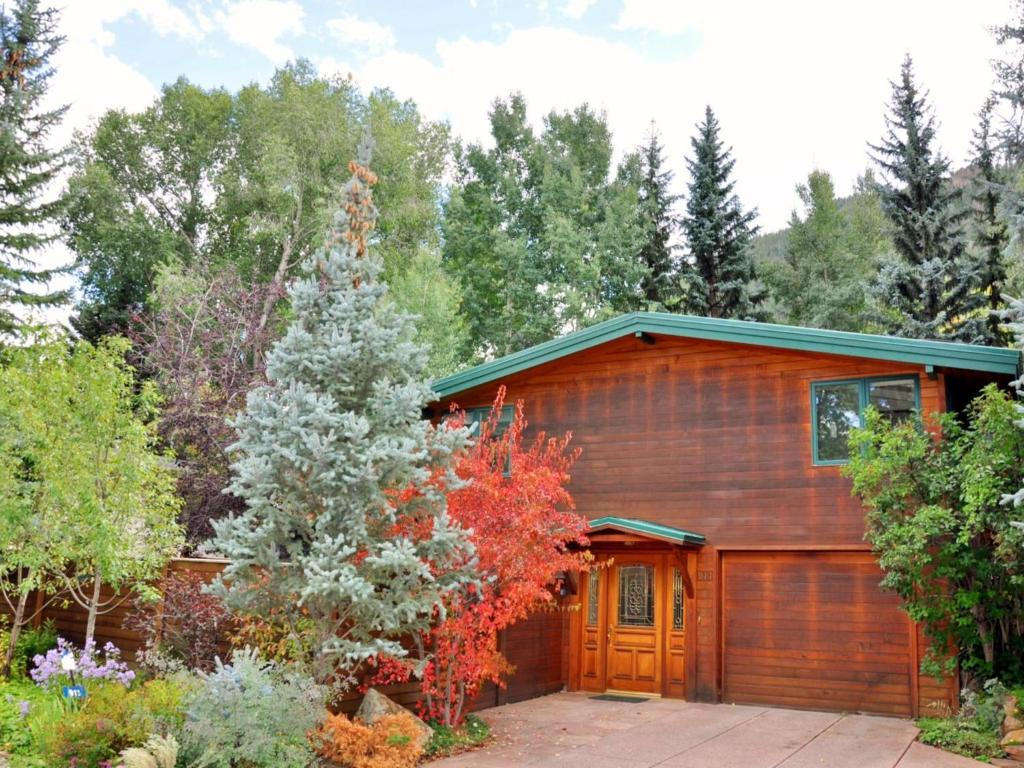 East Side Cozy Cottage Aspen Co Booking Com