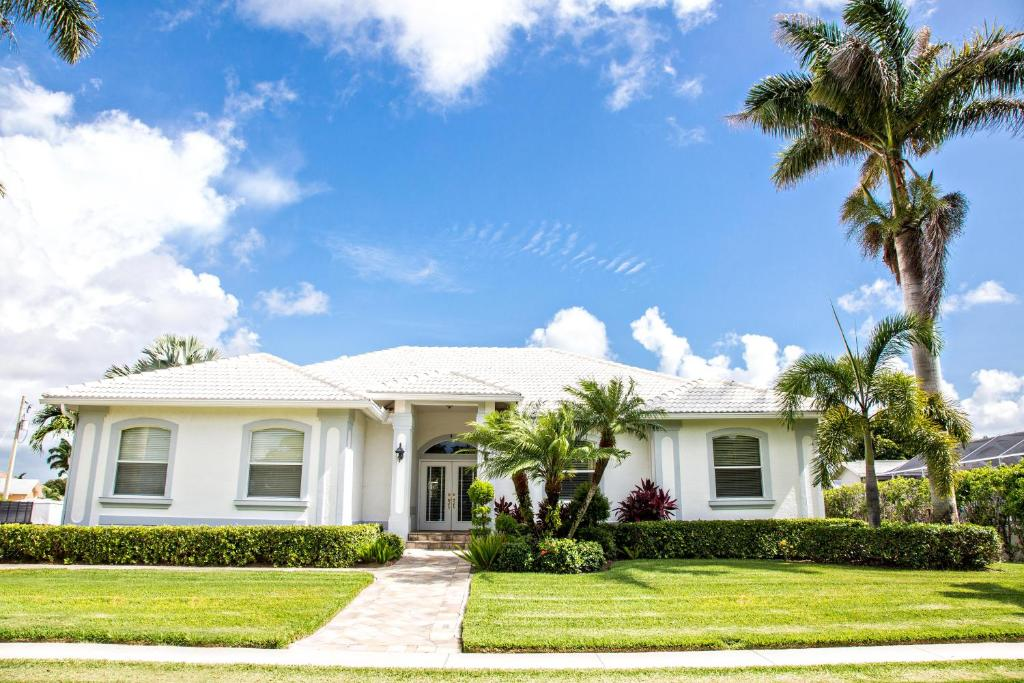 Best deals for vacation home 1372 leland house marco for Leland house
